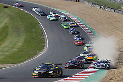 May 6, 2018 - Brands Hatch, Grande Bretagne - 17 BELGIAN AUDI CLUB TEAM WRT (BEL) AUDI R8 LMS STUART LEONARD (GBR) FREDERIC VERVISCH (BEl) START OF THE SECOND RACE (Credit Image: © Panoramic via ZUMA Press)