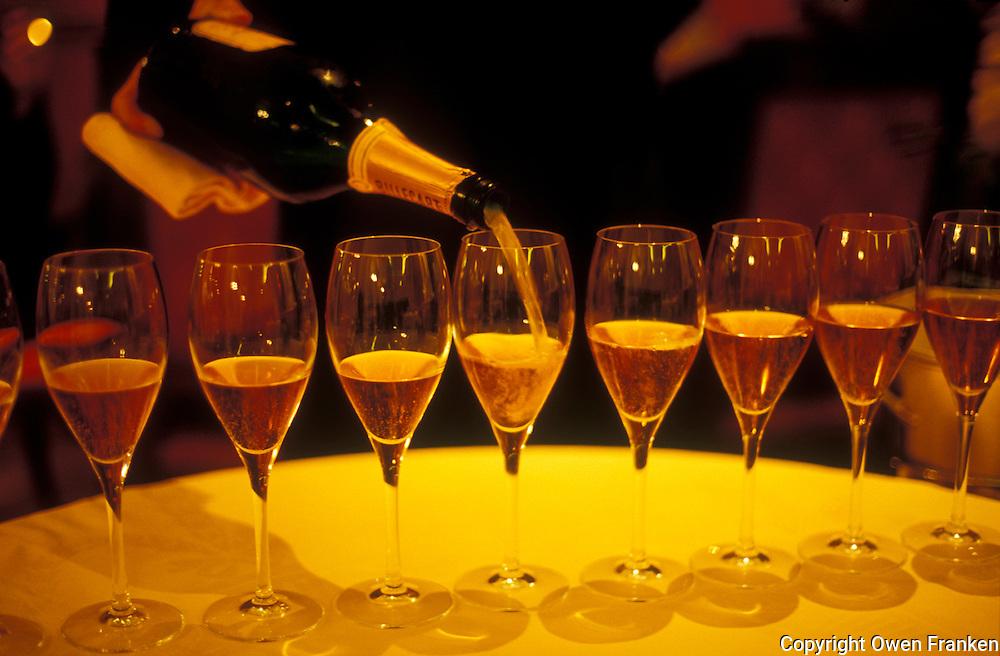 Pouring Champagne in the restaurant Hostellerie des Clos in Chablis, Burgundy. © Owen Franken.....