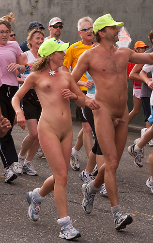 Bay to breakers naked women running And have