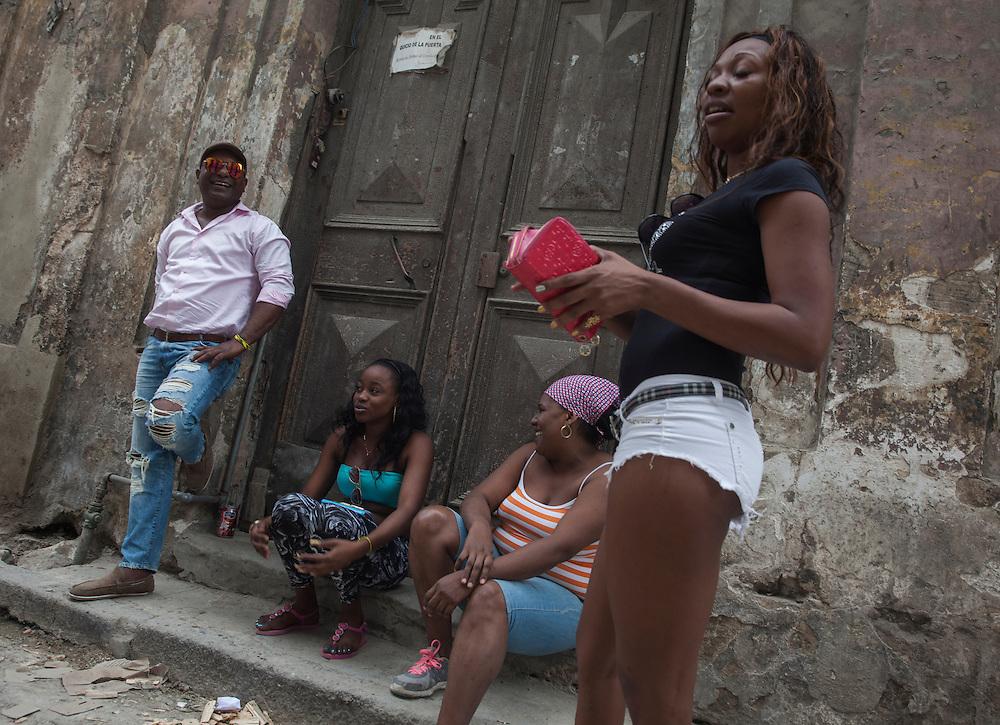 Street scene in Old Havana, Cuba.<br /> <br /> Escena en una calle de La Habana Vieja.