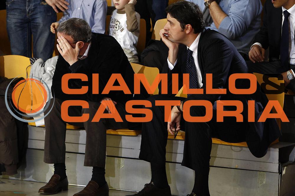 DESCRIZIONE : Roma Lega A 2008-09 Lottomatica Virtus Roma Carife Ferrara<br /> GIOCATORE : Pergiorgio Bottai Dejan Bodiroga<br /> SQUADRA : Lottomatica Virtus Roma<br /> EVENTO : Campionato Lega A 2008-2009<br /> GARA : Lottomatica Virtus Roma Carife Ferrara<br /> DATA : 29/03/2009<br /> CATEGORIA : delusione<br /> SPORT : Pallacanestro<br /> AUTORE : Agenzia Ciamillo-Castoria/E.Castoria