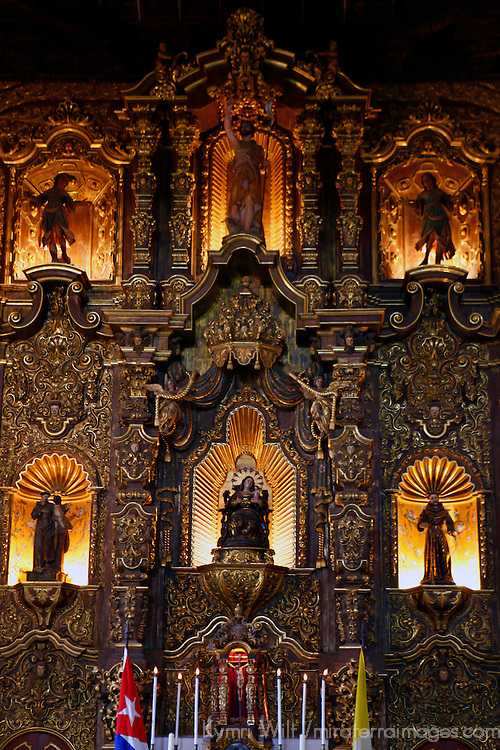 Central America, Cuba, Remedios. Gold Altar of Iglesia Mayor of San Juan Bautista de los Remedios.