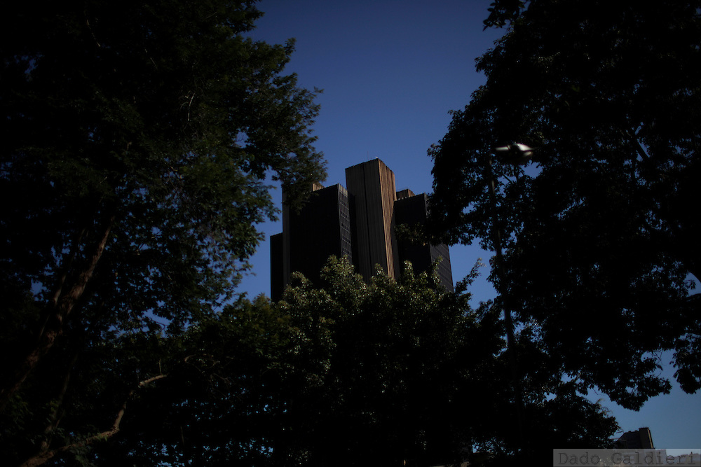 Brazilian central bank building is seen through trees in Brasilia, Brazil, Wednesday, Feb. 8, 2012.(Photo Dado Galdieri)