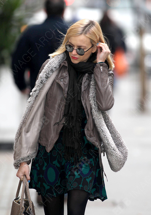 09.FEBRUARY.2012. LONDON<br /> <br /> FEARNE COTTON ARRIVING FOR WORK AT THE RADIO 1 STUDIOS IN LONDON<br /> <br /> BYLINE: EDBIMAGEARCHIVE.COM<br /> <br /> *THIS IMAGE IS STRICTLY FOR UK NEWSPAPERS AND MAGAZINES ONLY*<br /> *FOR WORLD WIDE SALES AND WEB USE PLEASE CONTACT EDBIMAGEARCHIVE - 0208 954 5968*