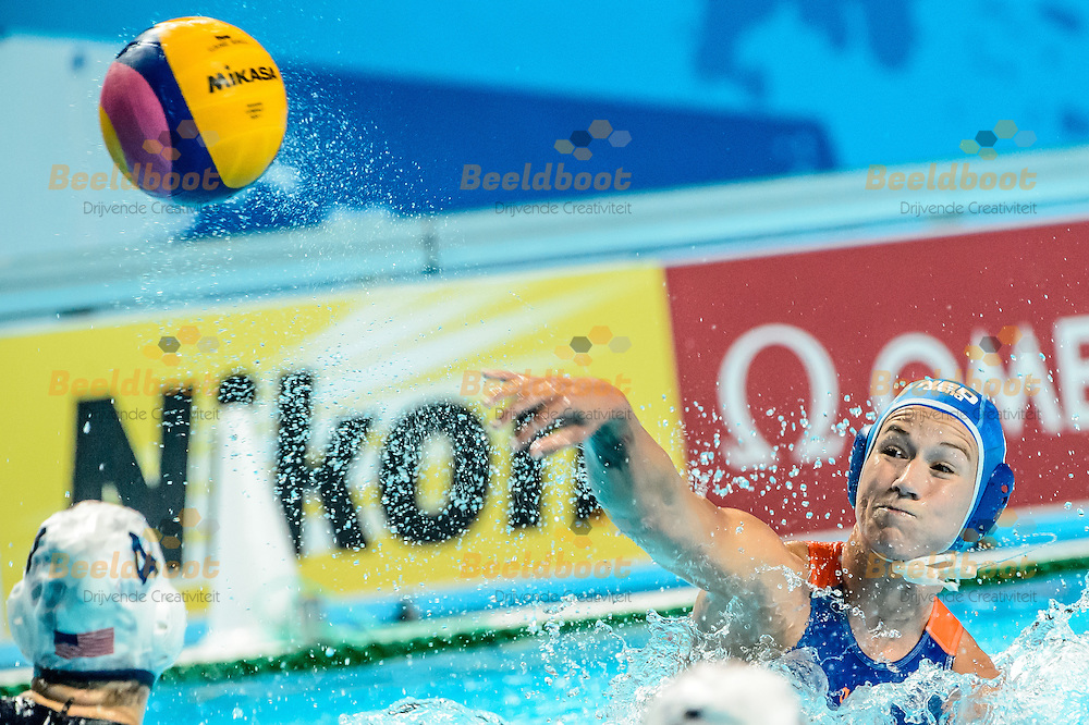 07-08-2015: Waterpolo: USA v Nederland: Kazan<br /> <br /> Nomi Stomphorst of team Netherlands<br /> <br /> Waterpolo match between ladies of USA and The Netherlands during the final of the 16th FINA World Championships 2015 in Kazan