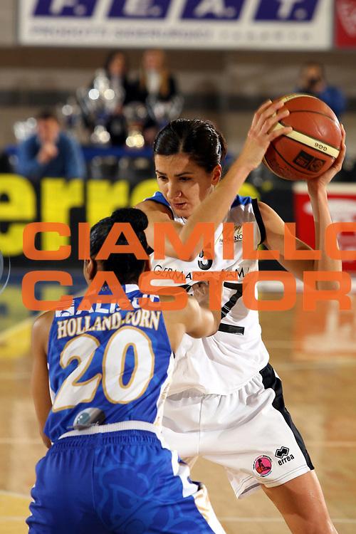 DESCRIZIONE : Taranto Coppa Italia Femminile 2006-07 Finale Germano Zama Faenza Phard Napoli <br /> GIOCATORE : Franchini <br /> SQUADRA : Germano Zama Faenza <br /> EVENTO : Coppa Italia Femminile 2006-2007 <br /> GARA : Germano Zama Faenza Phard Napoli <br /> DATA : 15/02/2007 <br /> CATEGORIA : <br /> SPORT : Pallacanestro <br /> AUTORE : Agenzia Ciamillo-Castoria/G.Ciamillo