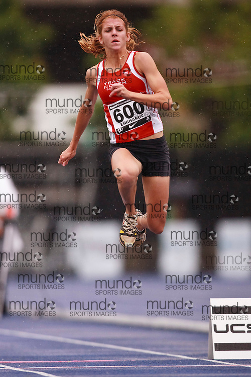 Toronto, Ontario ---28/06/09---  Caroline Ehrhardt competing in  at the Canadian National Track and Field Championships in Toronto, Ontario June 28, 2009..GEOFF ROBINS Mundo Sport Images