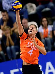 06-10-2013 VOLLEYBAL: WK KWALIFICATIE MANNEN NEDERLAND - ROEMENIE: ALMERE<br /> Nederland WINT met 3-0 van Roemenie en is daarmee groepswinnaar en plaatst zich voor de volgende ronde / Thijs ter Horst<br /> ©2013-FotoHoogendoorn.nl