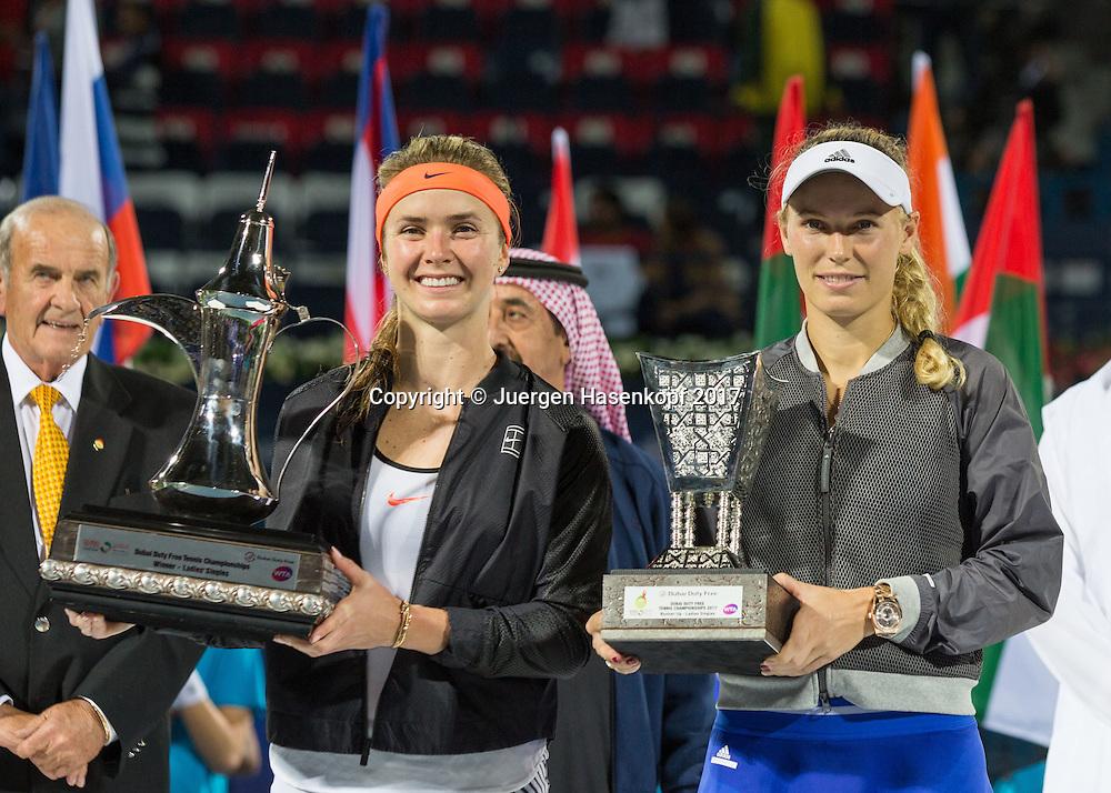 ELINA SVITOLINA (UKR) und CAROLINE WOZNIACKI (DEN) mit dem Pokal, Siegerehrung, Praesentation<br /> <br /> Tennis - Dubai Tennis Championships 2017 -  WTA -  Dubai Duty Free Tennis Stadium - Dubai  -  - United Arab Emirates  - 25 February 2017.