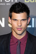092911 taylor lautner abduction premiere