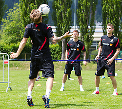 27.05.2012, Dolomitenstadion, Lienz, AUT, UEFA EURO 2012, Trainingscamp, Polen, Training, im Bild v.l.n.r. Eugen Polanski, Ludovic Obraniak und Lukasz Piszczek (POL) // Eugen Polanski, Ludovic Obraniak and Lukasz Piszczek of Poland during second training of polish National Footballteam for preparation UEFA EURO 2012 at Dolomitenstadion, Lienz, Austria on 2012/05/27. EXPA Pictures © 2012, PhotoCredit: EXPA/ Johann