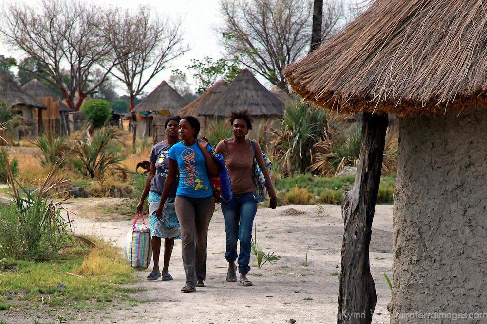 Africa, Botswana, Okavango Delta. Women of an Okavango Delta village.