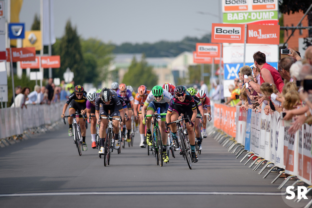 Lisa Brennauer (CANYON//SRAM Racing) has the finish line in her sights at the 116 km Stage 5 of the Boels Ladies Tour 2016 on 3rd September 2016 in Tiel, Netherlands. (Photo by Sean Robinson/Velofocus).