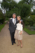 Mr. and Mrs. Arnaud Bamberger. Cartier dinner after thecharity preview of the Chelsea Flower show. Chelsea Physic Garden. 23 May 2005. ONE TIME USE ONLY - DO NOT ARCHIVE  © Copyright Photograph by Dafydd Jones 66 Stockwell Park Rd. London SW9 0DA Tel 020 7733 0108 www.dafjones.com