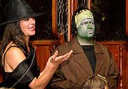 2011 - Mayhem & Mystery's Costume Carousing at Spaghetti Warehouse