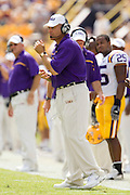 Baton Rouge, LA - SEPTEMBER 30:  Head Coach Les Miles of the LSU Tigers against the Mississippi State Bulldogs at Tiger Stadium on September 30, 2006 in Baton Rouge, Louisiana.  The Tigers defeated the Bulldogs 48 - 17.  (Photo by Wesley Hitt/Getty Images) *** Local Caption *** Les Miles