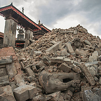 a collapse temple in Bhaktapur, Nepal 27 april 2015 following the devastating 7.9 magnitude earthquake that hit the country 25 April 2015.