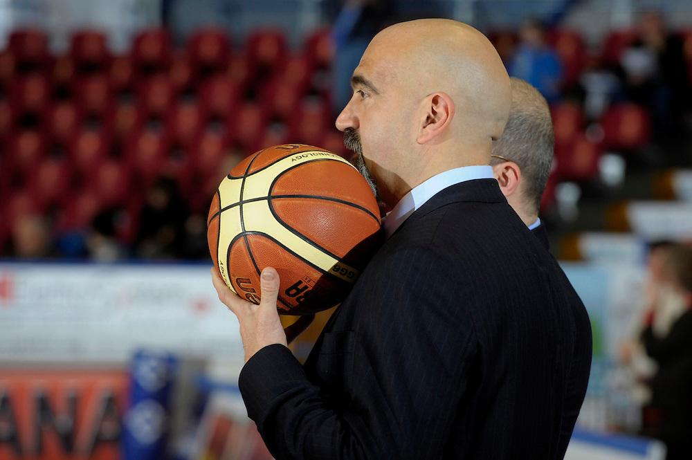 DESCRIZIONE : Venezia Additional Qualification Round Eurobasket Women 2009 Italia Croazia<br /> GIOCATORE : Giampiero Ticchi<br /> SQUADRA : Nazionale Italia Donne<br /> EVENTO : Italia Croazia<br /> GARA :<br /> DATA : 10/01/2009<br /> CATEGORIA : Before<br /> SPORT : Pallacanestro<br /> AUTORE : Agenzia Ciamillo-Castoria/M.Gregolin