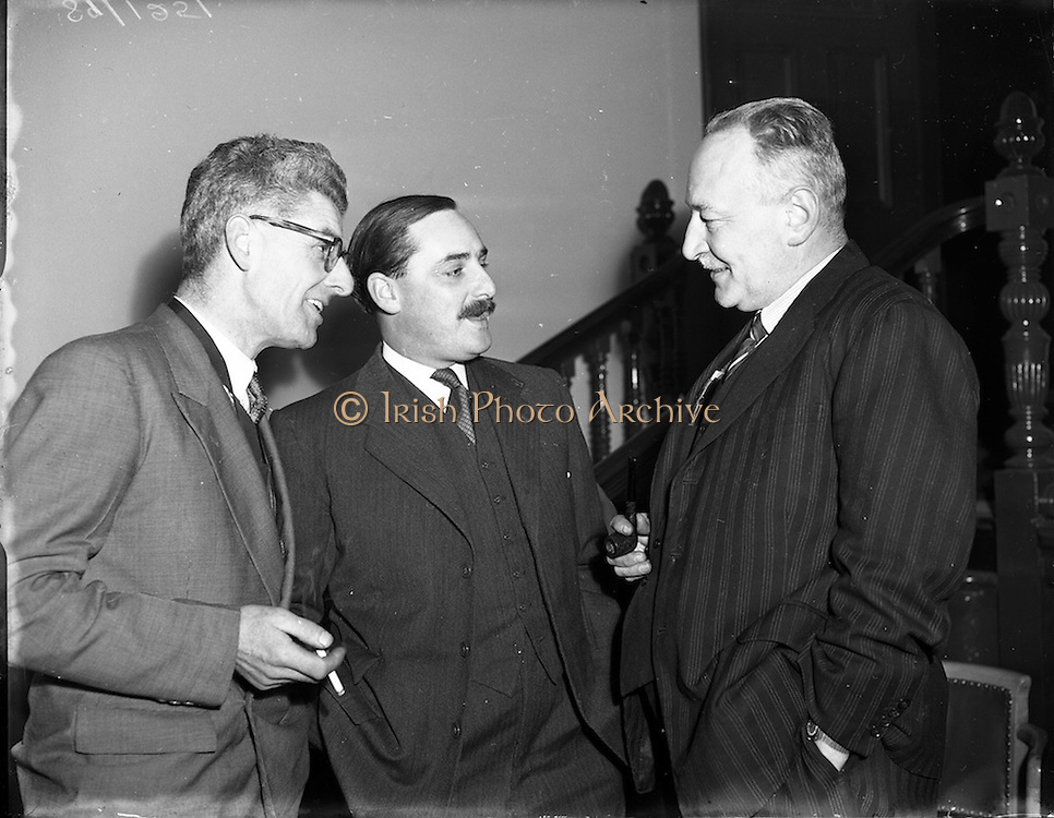 12/11/1952<br /> 11/12/1952<br /> 12 November 1952<br /> Castrol Lecture and film show at the Catholic Commercial Hall, O'Connell Street, Dublin. <br /> Centre is Mr. G. Williams Racing Manager C.C. Wakefield and Co. (London).