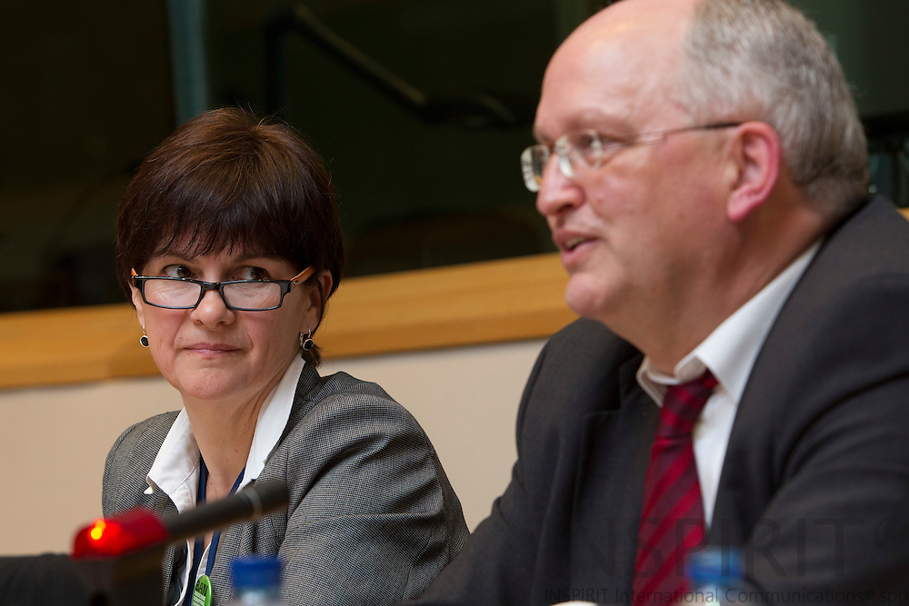 From left Monique Goyens, BEUC, Dr. Gernot Klotz, CEFIC, at the seminar: Endocine Disrupter: The clock is ticking, at the European Parliament in Brussels Tuesday 29 March 2011. Photo: Erik Luntang / INSPIRIT Photo
