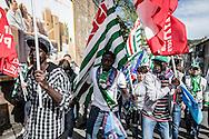 Potenza, Basilicata, Italia, 09/04/2016<br /> La marcia per il lavoro 2016, che si &egrave; svolta a Potenza. Anche i migranti ospiti dei centri di accoglienza lucani hanno preso parte al corteo, per rivendicare maggiori diritti e tutele<br /> <br /> Potenza, Basilicata, Italy, 09/04/2016<br /> The &quot;March for Work&quot; 2016 that took place in Potenza. Even migrants hosted in the Reception Centers of Basilicata took part in the parade to demand more rights and protections.