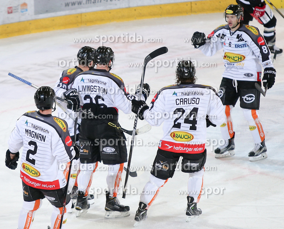 27.09.2015, Tiroler Wasserkraft Arena, Innsbruck, AUT, EBEL, HC TWK Innsbruck Die Haie vs Dornbirner Eishockey Club, 6. Runde, im Bild Torjubel Dornbirner Eishockey Club nach dem Tor zum 3:1 durch Nikolas Petrik (Dornbirner Eishockey Club) // during the Erste Bank Icehockey League 6th round match between HC TWK Innsbruck Die Haie and Dornbirner Eishockey Club at the Tiroler Wasserkraft Arena in Innsbruck, Austria on 2015/09/27. EXPA Pictures © 2015, PhotoCredit: EXPA/ Jakob Gruber