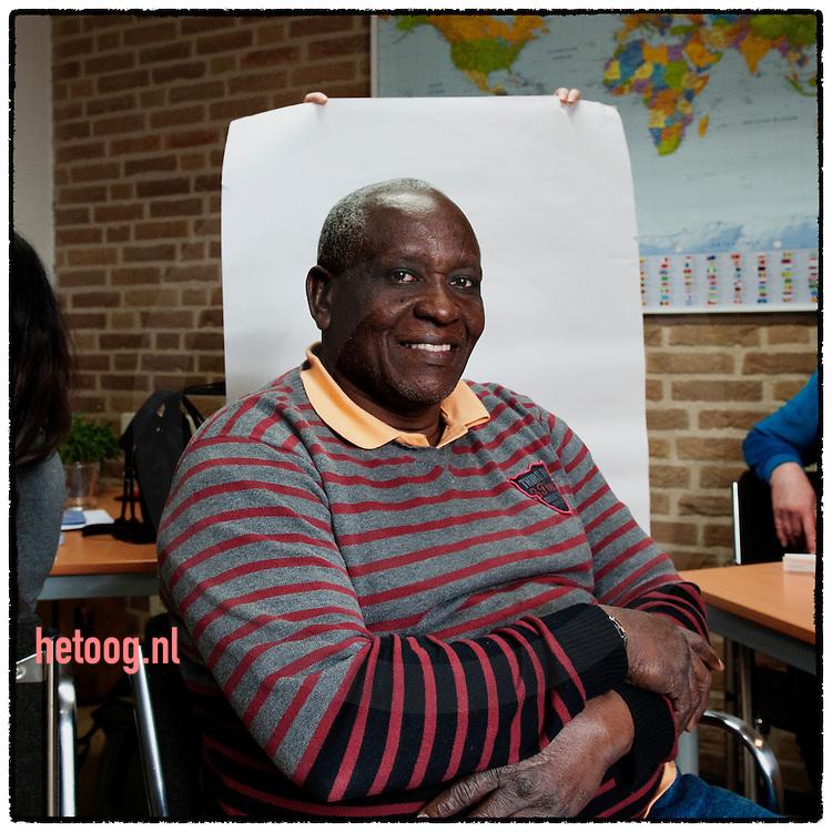 nederland, Steenwijk  03april2012 vrijwilligerssteunpunt Timpaan - dhr. Saidi Muziga