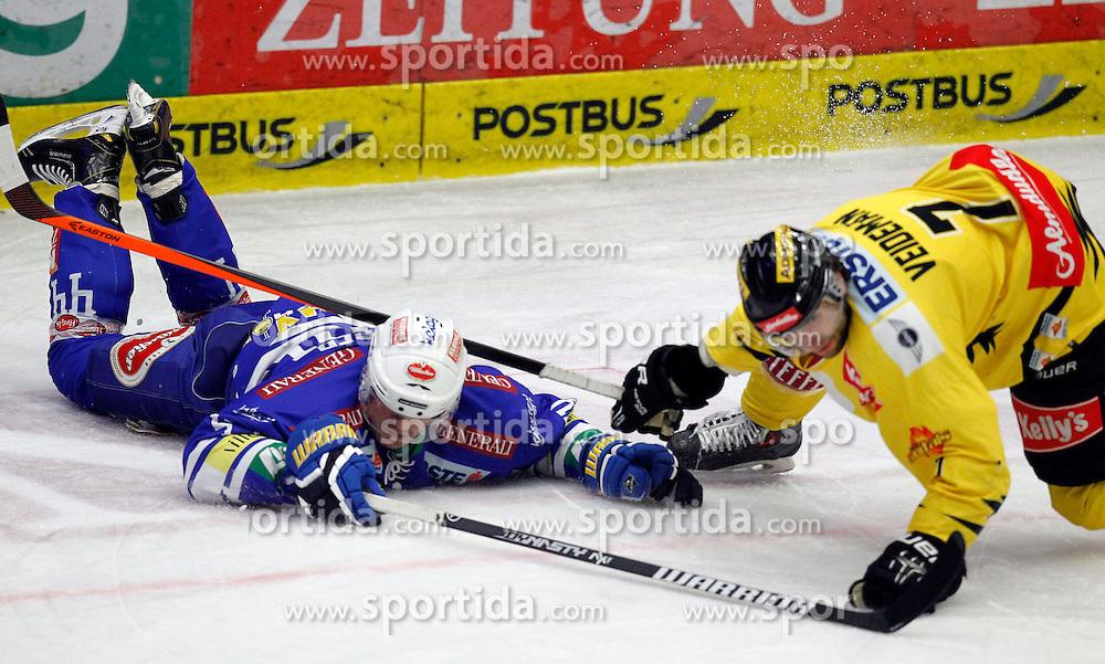 28.02. 2014, Stadthalle, Villach, AUT, EBEL, EC VSV vs UPC Vienna Capitals, 9. Plazierungsrunde, im Bild Curtis Fraser (VSV,#44) und Adrian Veideman (Capitals,#7) // during the Erste Bank Icehockey League 9. Placing round between EC VSV vs UPC Vienna Capitals at the City Hall, Villach, Austria, 2014/02/28, EXPA Pictures © 2014, PhotoCredit: EXPA/ Oskar Hoeher
