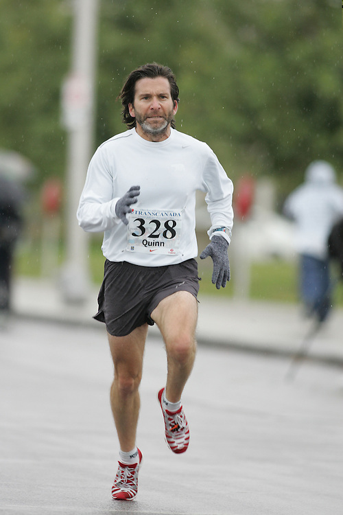 (13/10/2007--Ottawa) TransCanada 10K Canadian Championship run by Athletics Canada. The athlete in action is PETE QUINN