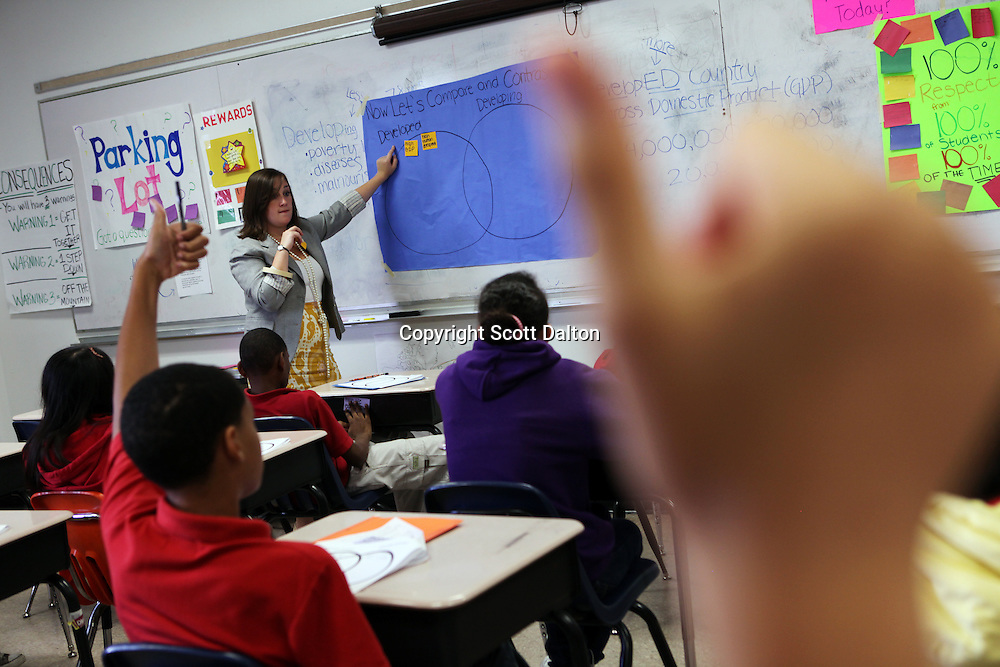 Rachel Faust, a teacher with Teach For America, teaches a Social Studies class in Revere Middle School in Houston, TX on Friday July 9, 2010. (Photo/Scott Dalton)