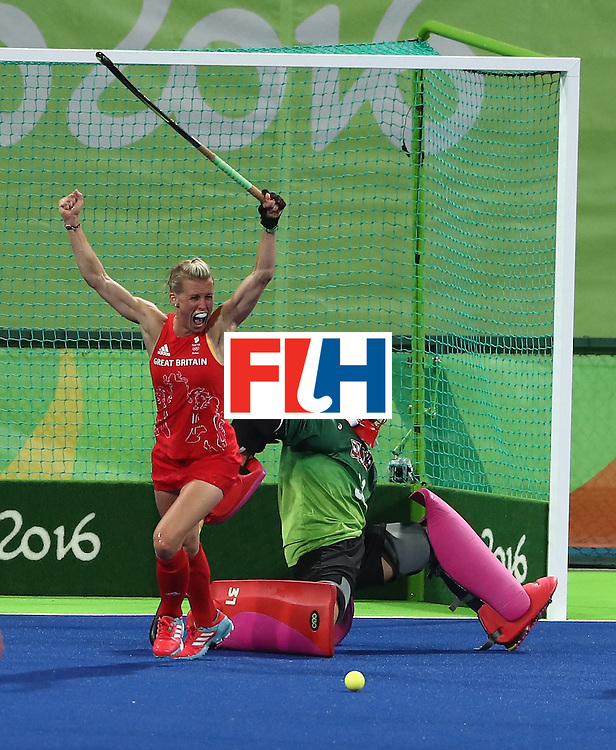 RIO DE JANEIRO, BRAZIL - AUGUST 13:  during the Women's group B hockey match between Great Britain and the USA on Day 8 of the Rio 2016 Olympic Games at the Olympic Hockey Centre on August 13, 2016 in Rio de Janeiro, Brazil.  (Photo by David Rogers/Getty Images)