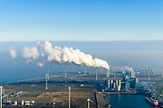 Nederland, Groningen, Eemshaven, 04-11-2018; energielandschap aan de Eemshaven met de kolengestookte elektriciteitscentrale Eemscentrale van RWE (voorheen RWE_Essent).<br /> Energy landscape at the Eemshaven with the coal-fired Eemscentrale power plant from RWE (formerly RWE_Essent).<br /> luchtfoto (toeslag op standaard tarieven);<br /> aerial photo (additional fee required);<br /> copyright© foto/photo Siebe Swart