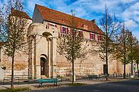France, Bourgogne-Franche-Comté, Yonne (89), Sens, Poterne des Quatre-Mares // France, Burgundy, Yonne, Sens, Postern