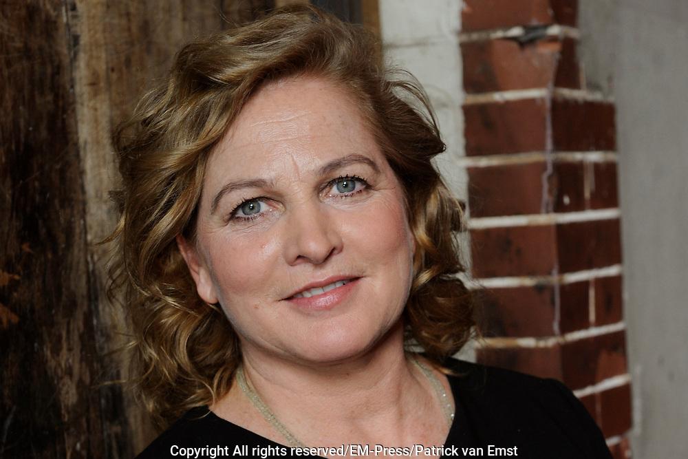 Castpresentatie van de speelfilm Soof op het Westergasterrein, Amsterdam.<br /> <br /> Op de foto:  Anneke Blok