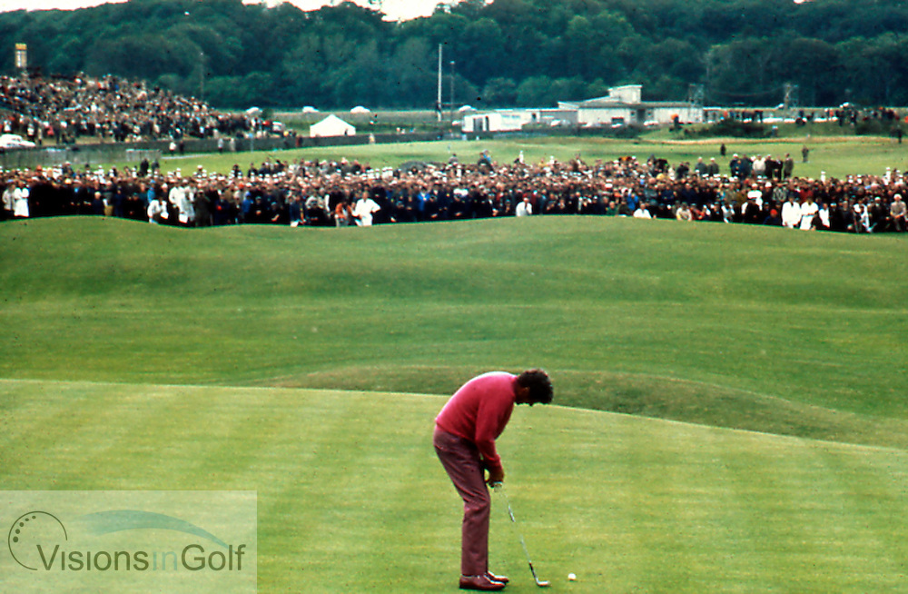 Doug Sanders misses the putt on the 18th against Jack Nicklaus to lose The Open Championship in 1970<br /> Picture Credit: &copy;Visions In Golf / Hobbs Golf Collection