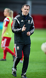 LLANELLI, WALES - Wednesday, April 9, 2014: Wales' manager Jarmo Matikainen before the FIFA Women's World Cup Canada 2015 Qualifying Group 6 match against Ukraine at Parc-y-Scarlets. (Pic by David Rawcliffe/Propaganda)