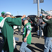 Tailgate parties in the parking lot of MetLife Stadium before the New York Jets V New England Patriots NFL regular season game at MetLife Stadium, East Rutherford, NJ, USA. 20th October 2013. Photo Tim Clayton