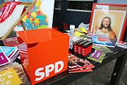Mannheim. 19.09.17 | SPD-Kanzlerkandidat Martin Schulz im Capitol Mannheim.<br /> Im Wahlkampf zur Bundestagswahl unterstützt Kanzlerkandidat Martin Schulz Mannheims SPD Bundestagsabgeordneter Stefan Rebmann.<br /> <br /> <br /> BILD- ID 2354 |<br /> Bild: Markus Prosswitz 19SEP17 / masterpress (Bild ist honorarpflichtig - No Model Release!)