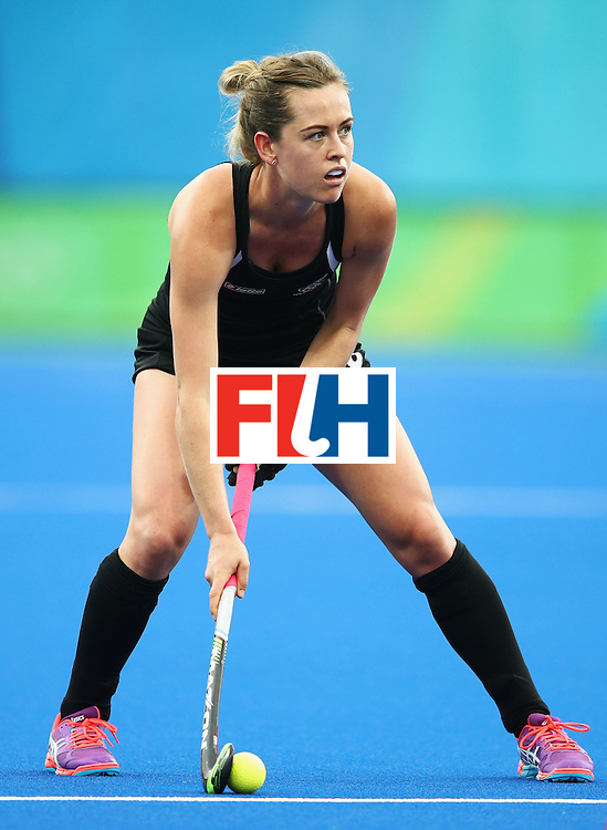 RIO DE JANEIRO, BRAZIL - AUGUST 10:  Samantha Charlton of New Zealand in action during the Women's Pool A Match between Spain and New Zealand on Day 5 of the Rio 2016 Olympic Games at the Olympic Hockey Centre on August 10, 2016 in Rio de Janeiro, Brazil.  (Photo by Mark Kolbe/Getty Images)