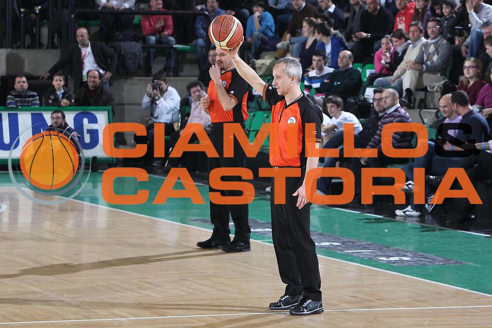 DESCRIZIONE : Treviso Lega A 2010-11 Benetton Treviso Fabi Shoes Montegranaro<br /> GIOCATORE : Gianpaolo Cicoria Arbitro<br /> SQUADRA : Benetton Treviso<br /> EVENTO : Campionato Lega A 2010-2011 <br /> GARA : Benetton Treviso Fabi Shoes Montegranaro<br /> DATA : 06/02/2011<br /> CATEGORIA : Ritratto<br /> SPORT : Pallacanestro <br /> AUTORE : Agenzia Ciamillo-Castoria/G.Contessa<br /> Galleria : Lega Basket A 2010-2011 <br /> Fotonotizia : Treviso Lega A 2010-11 Benetton Treviso Fabi Shoes Montegranaro<br /> Predfinita :