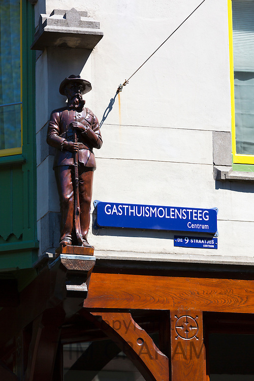 Signs for Gasthuismolensteeg Centrum and the Nine Streets, de 9 Straatjes,  shopping district, Amsterdam