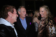 Nicky Haslam, Mark Shand and Princess Michael of Kent. Book party for LAST VOYAGE OF THE VALENTINA by Santa Montefiore (Hodder & Stoughton) Asprey,  New Bond St. 12 April 2005. ONE TIME USE ONLY - DO NOT ARCHIVE  © Copyright Photograph by Dafydd Jones 66 Stockwell Park Rd. London SW9 0DA Tel 020 7733 0108 www.dafjones.com