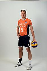13-05-2014 NED: Selectie Nederlands volleybal team mannen, Arnhem<br /> Op Papendal werd het Nederlands team volleybal seizoen 2014-2015 gepresenteerd / Jelte Maan