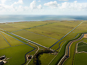 Nederland, Friesland, Gemeente Sudwest-Fryslan (Zuidwest-Friesland), 16-04-2012. Ten noordwesten van Workum, Polder Geele Strand en grenzend aan het IJsselmeer het natuurreservaat de Workumerwaard..Polder near the IJssel lake (IJsselmeer) in Friesland..luchtfoto (toeslag), aerial photo (additional fee required);.copyright foto/photo Siebe Swart