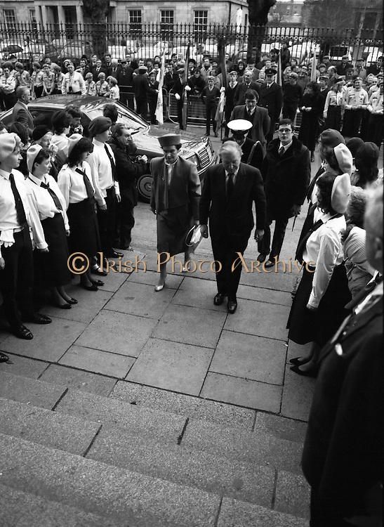 Episcopal Ordination Of Desmond Connell. (R74).1988..06.03.1988..03.06.1988..6th March 1988..Following the death of Archbishop Kevin McNamara in April '87, Pope John Paul II surprisingly nominated Desmond Connell for the position of Archbishop of Dublin. The ordination of Dr Connell took place at the Pro-Cathedral in Dublin...Image shows An Taoiseach,Charles Haughey, and his wife, Maureen, arriving at the Pro-Cathedral for the ordination ceremony.