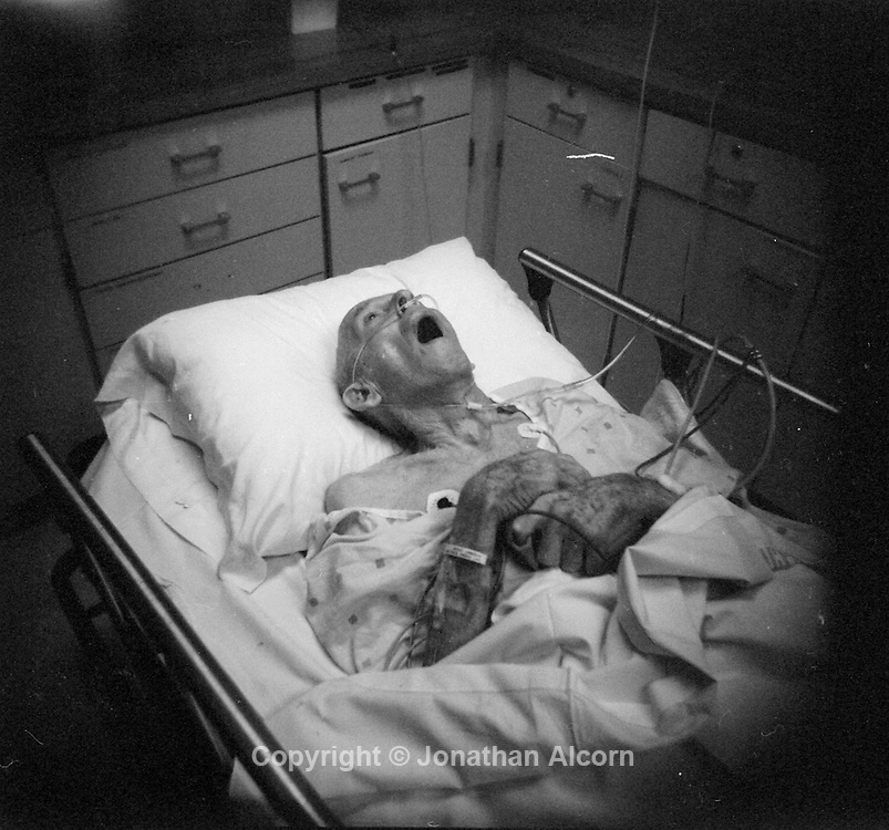Alzheimer's patient in an emergency room near death while suffering from pneumonia