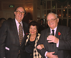 Left to right, actor ANTON RODGERS and SIR HARRY & LADY SECOMBE,  at a luncheon in London on 3rd November 1997.MCT 15