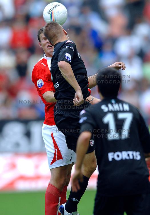 19-08-2007 VOETBAL: UTRECHT - FEYENOORD: UTRECHT<br /> Feyenoord wint met 3-0 in de Galgenwaard / Erik Pieters<br /> &copy;2007-WWW.FOTOHOOGENDOORN.NL