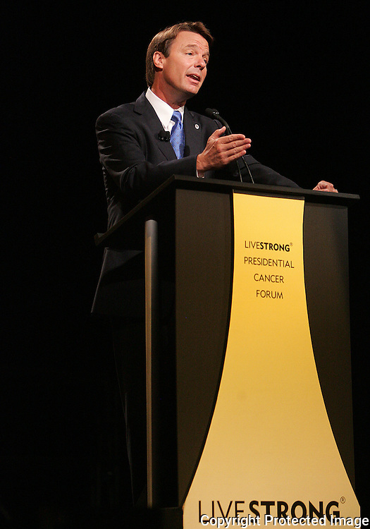 27 August 2007: Democratic presidential hopeful John Edwards speaks at the LIVESTRONG Presidential Cancer Forum in Cedar Rapids, Iowa on August 27, 2007.