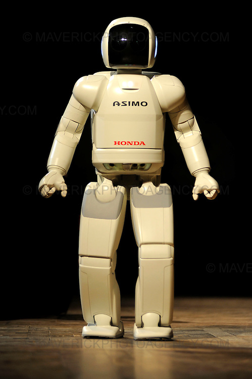 Honda robot Asimo, the worlds most advanced humanoid robot made its first appearance in Scotland today at the University of Edinburgh.  The robot will be appearing as part of the city's Science Festival.